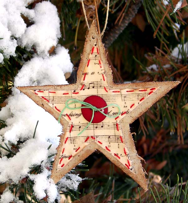 Lighted Burlap Christmas Decorations: It's Never Too Early To Be Thinking About Christmas