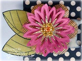 3D Punch Flower - Mini Notes Booklet, closeup flower 1_500p