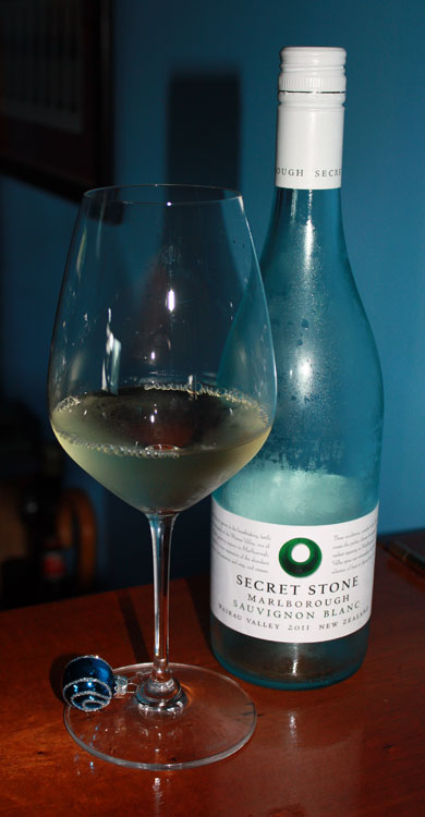 Wine-Charm