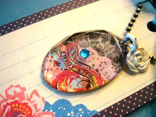 Gift boxNecklace4