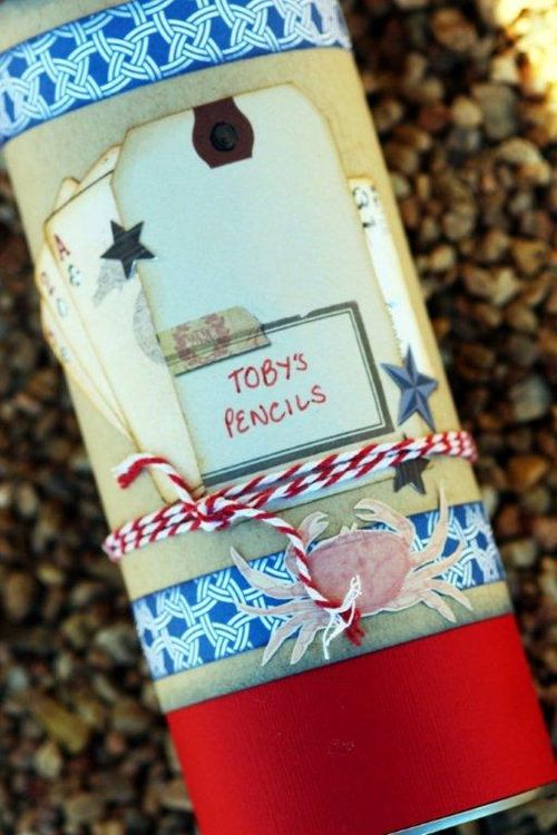 Pringles-recycled-container-beck-beattie-pencil-box-helmar-detail