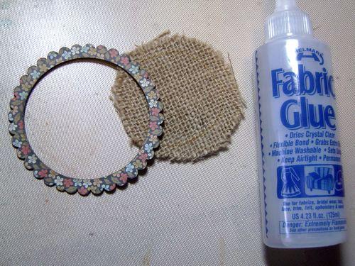 Helmar_Kitsnbitscraps_Fall_Tag_Fabric_Glue