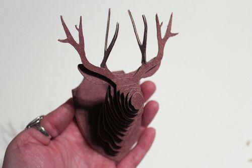 Jvanderbeek_helmar_tinytaxidermy_miniatures_deer_head