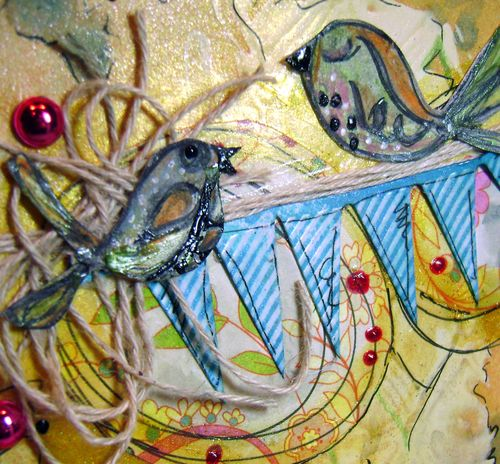 Helmar_Kitsnbitscraps_450-Quick_Dry_Adhesive_mixed_media