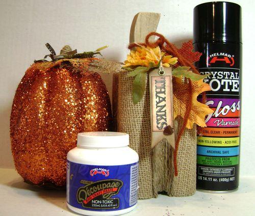 Helmar_Kitsnbitscraps_Wood_Pumpkin_Home_Decor_Thanksgiving1
