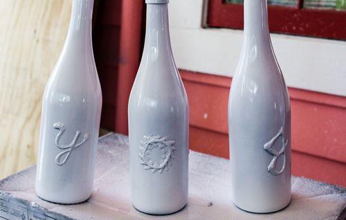 Jvanderbeek_helmar_holiday_bottleart_spraypaint_basrelief