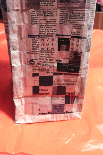 Jvanderbeek_helmar_woven_newspaper_bag-painted