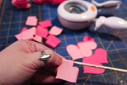 Jvanderbeek_helmar_florigami_paper_flowers_curling_ends_heart_petals_punches