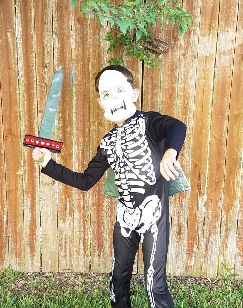 Skeleton knight costume sheild 3