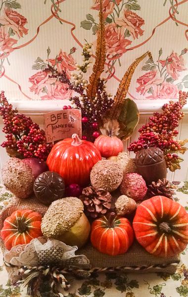 Jvanderbeek_helmar_thanksgiving_halltable_centerpiece