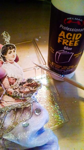 Jvanderbeek_helmar_paper_ornament_acidfreeglue_glitter_victoriana