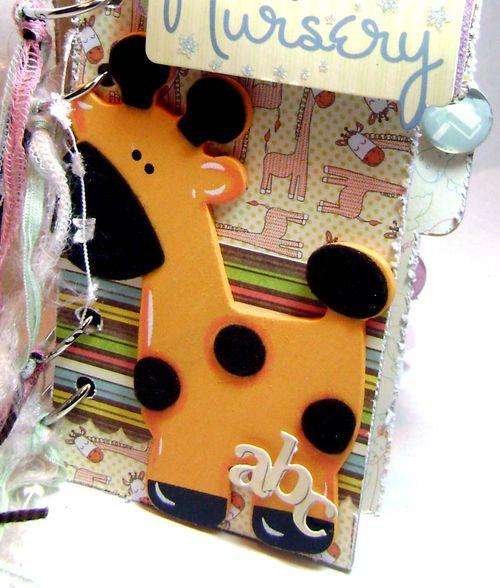 Helmar_Kitsnbitscraps_Baby_Album_giraffe1