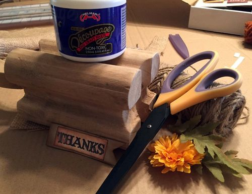 Helmar_Kitsnbitscraps_Thanksgiving_Wood_Pumpkin